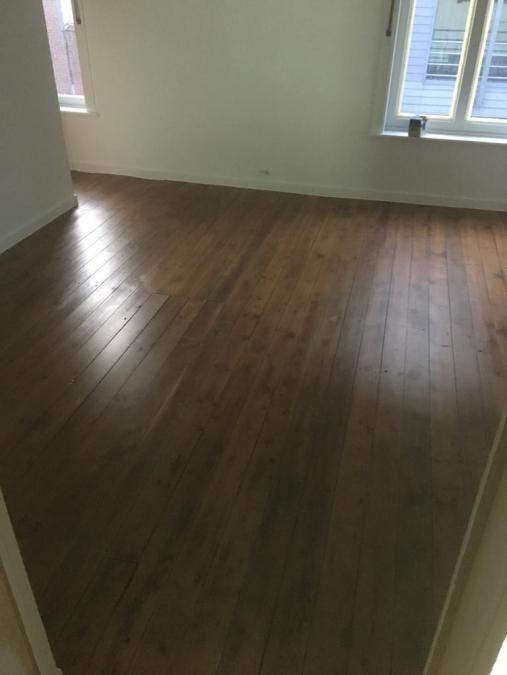 Vloerbekleding - verniste plankenvloer